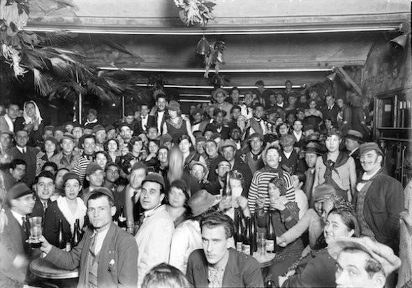 Aspecto de La Criolla, uno de los cabarets más conocidos del país. Fotografía: Josep Maria de Sagarra i Plana
