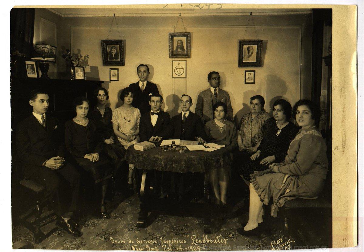 Grupo de Estudios Leadbeater de Bilbao (marzo de 1929), teósofos y ocultistas vascos/as. Centro Documental de la Memoria Histórica.