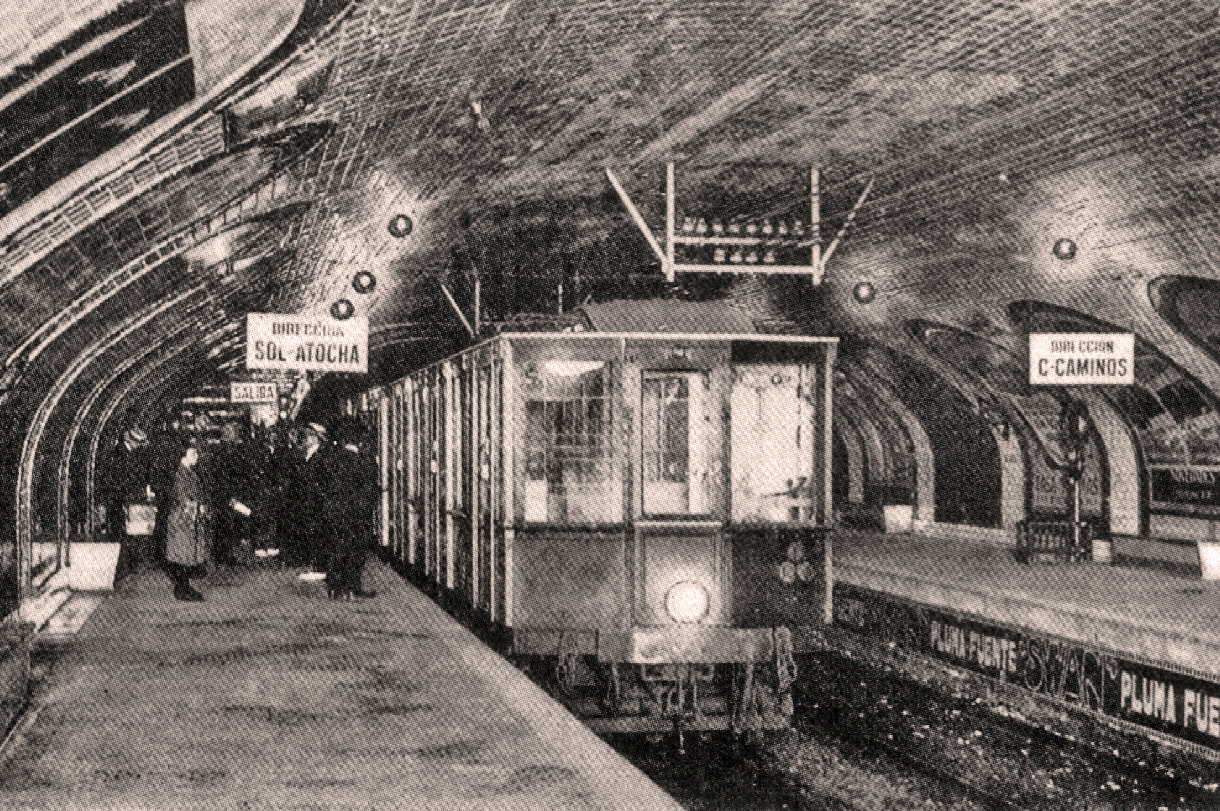 La estación de Sol al poco de inaugurarse en 1919