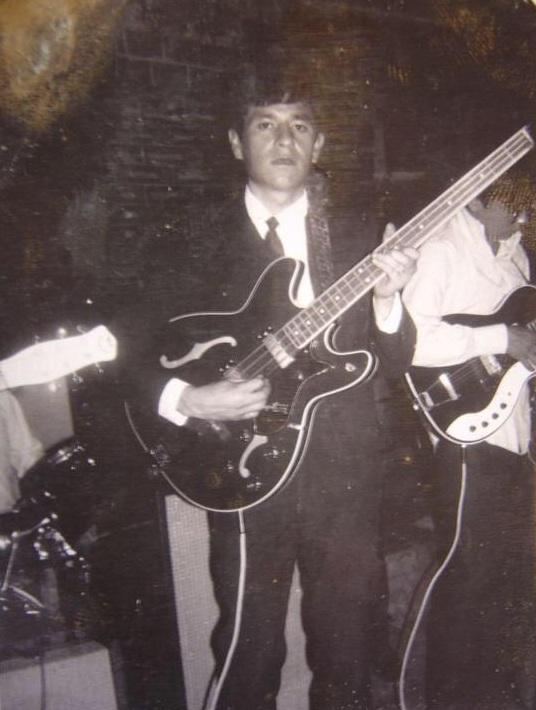 Polo Pepo en sus primeras bandas ye-yé. Fotografía: Archivo La Vida Es un Mus