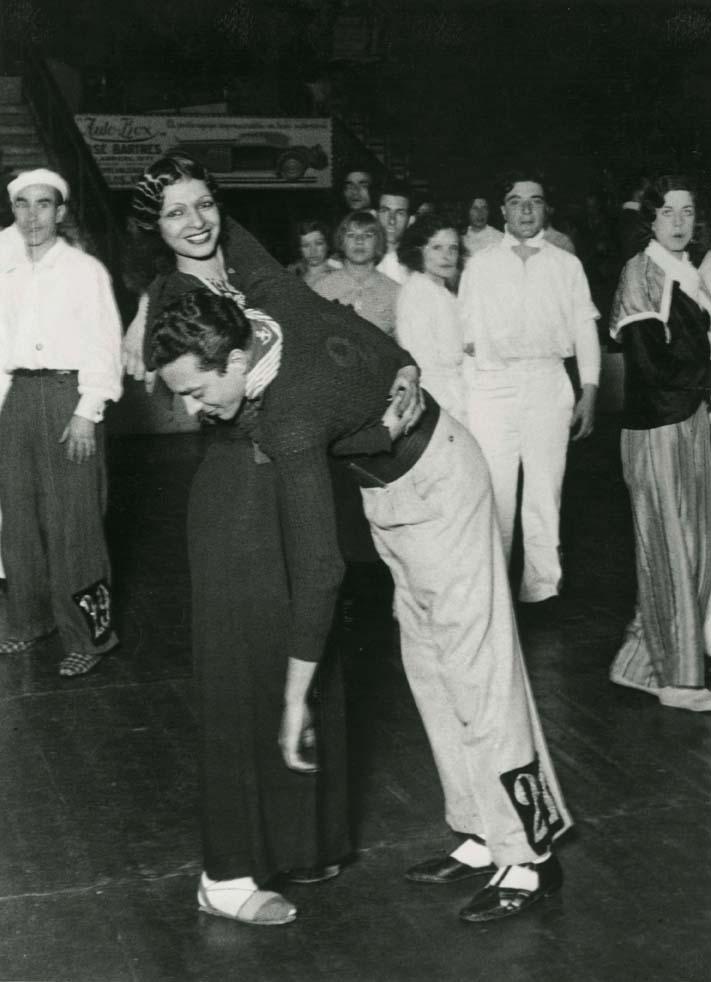 Campeonato Internacional de Baile de Resistencia en el Olympia (Barcelona, 1934). AFB. Fotografía: Pérez de Rozas