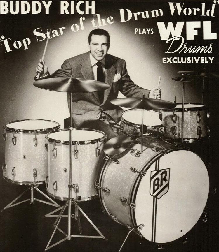 Buddy Rich en un anuncio de baterías WFL circa años 40.