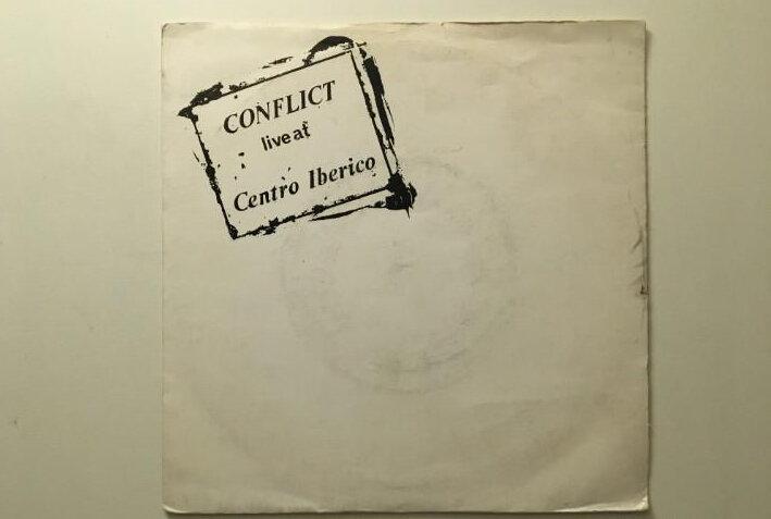 Disco en directo en el Centro Ibérico de Conflict (1982)