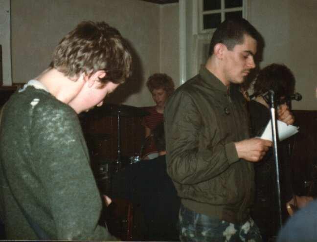 Andy Martin, cantante de The Apostles (1981)