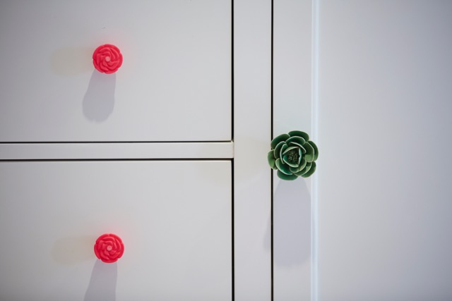 Wardrobe customised with Zara Home knobs