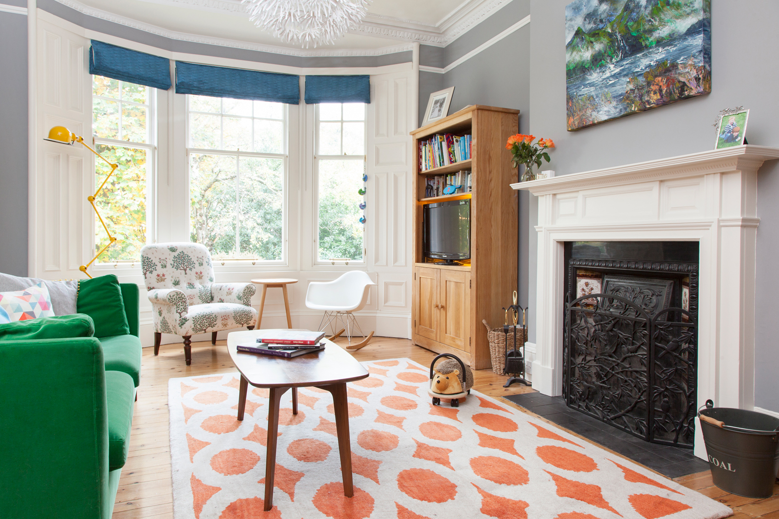 The Pink House living room; the colour scheme was inspired by the James Hawkins painting/Photo: Susie Lowe
