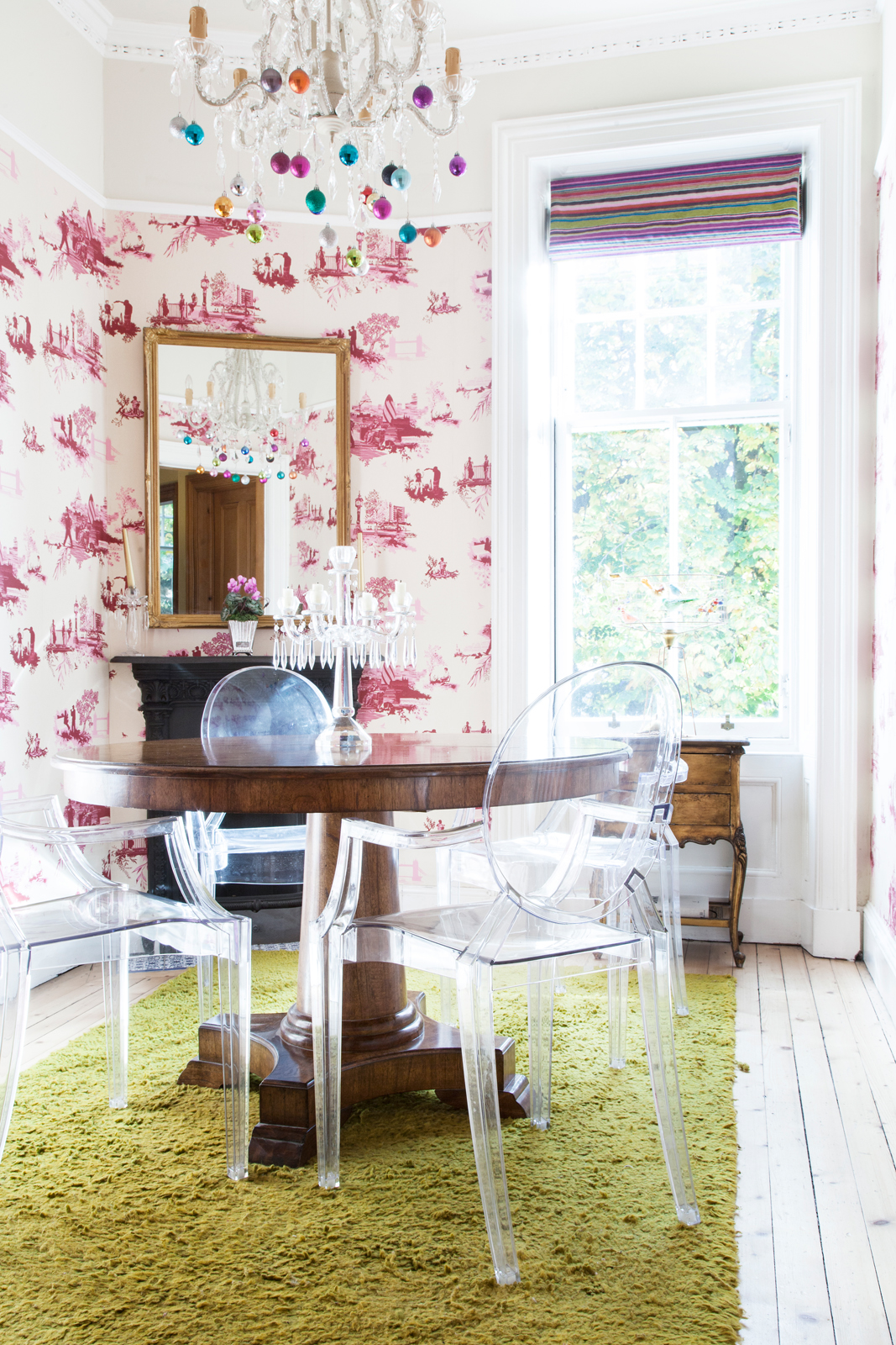 Perspex Ghost chairs: ALL the husband's idea/Photo: Susie Lowe