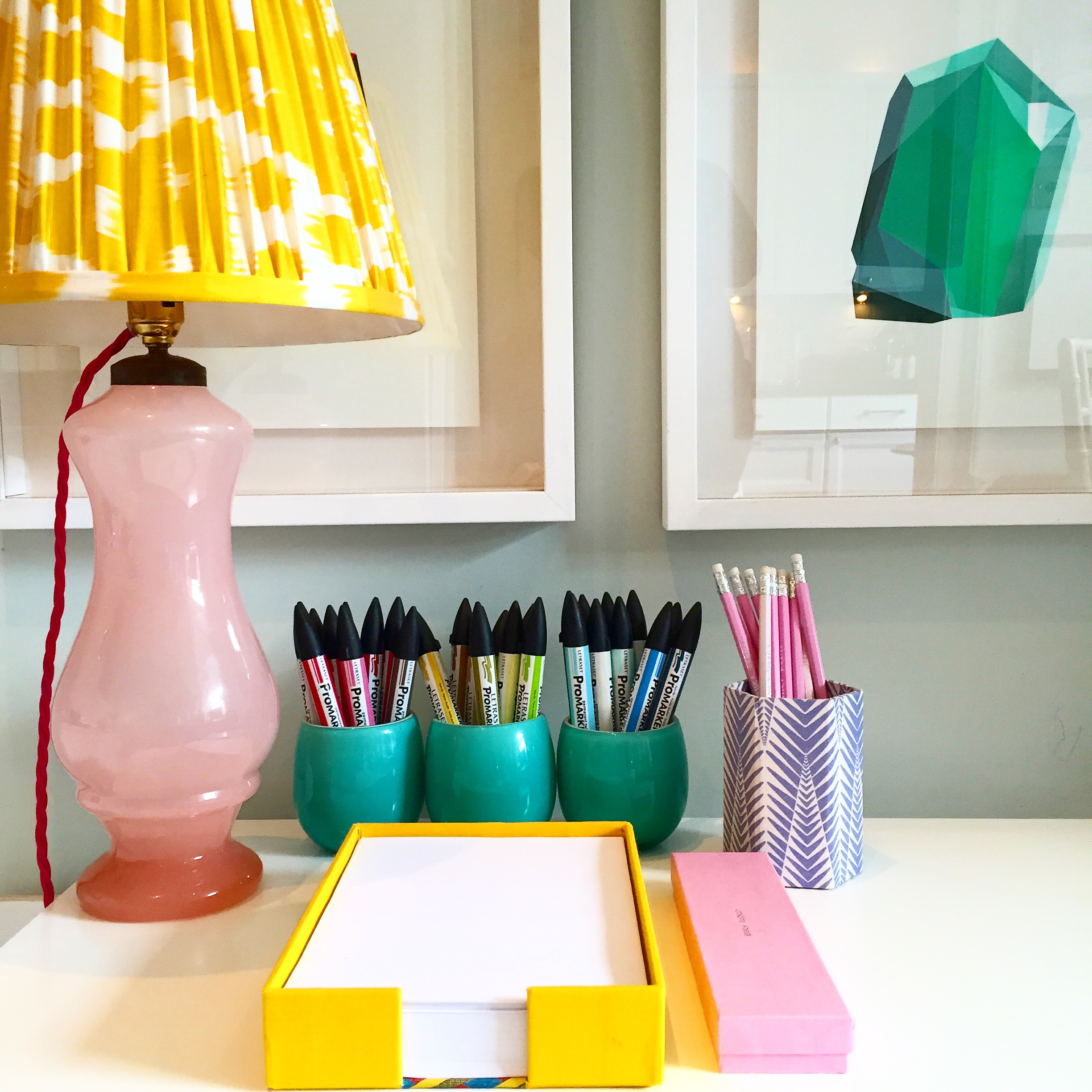 Jessica's eBay-find glass lamp, rewired with pink cable