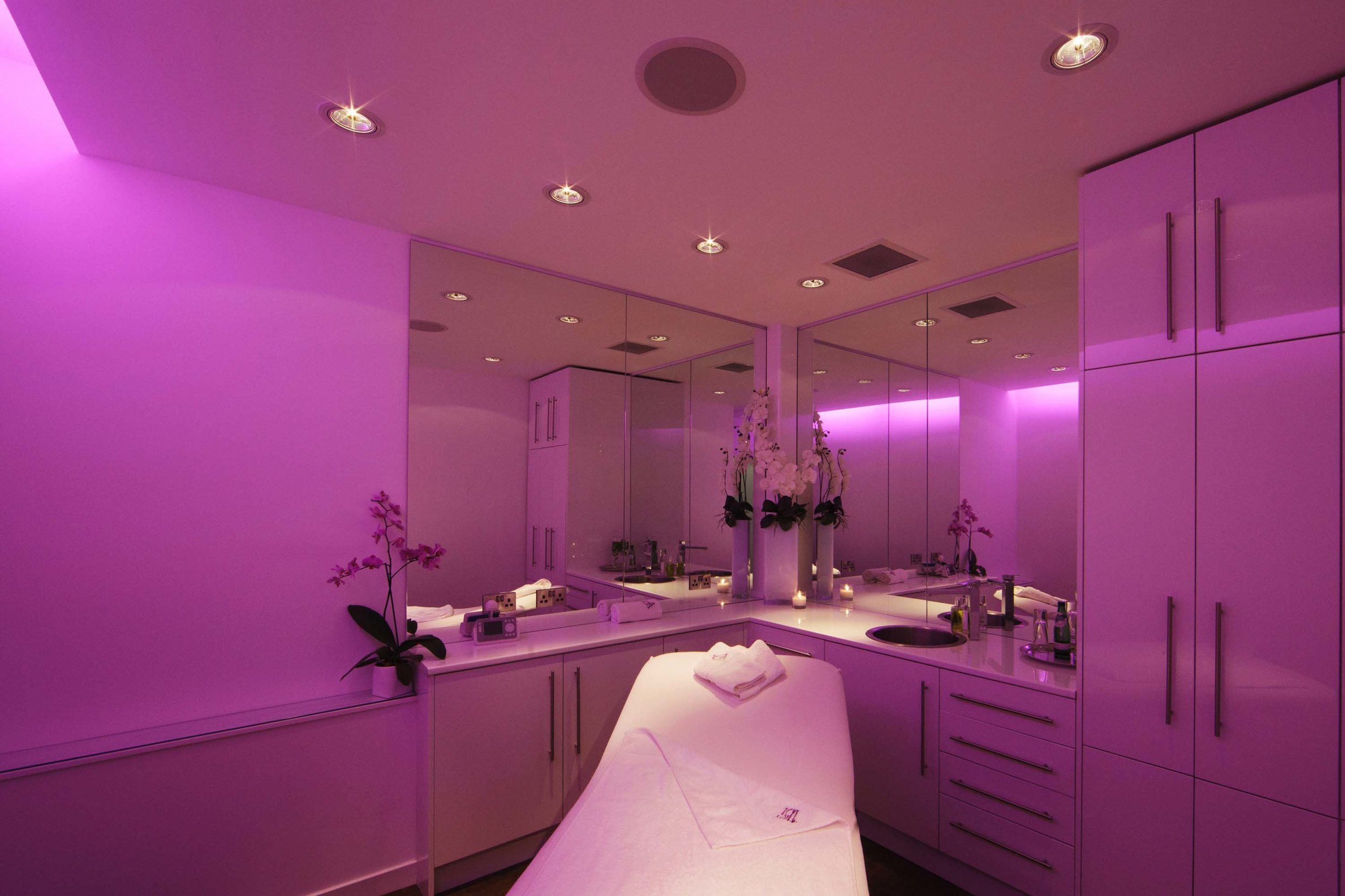 My beautifully pink treatment room