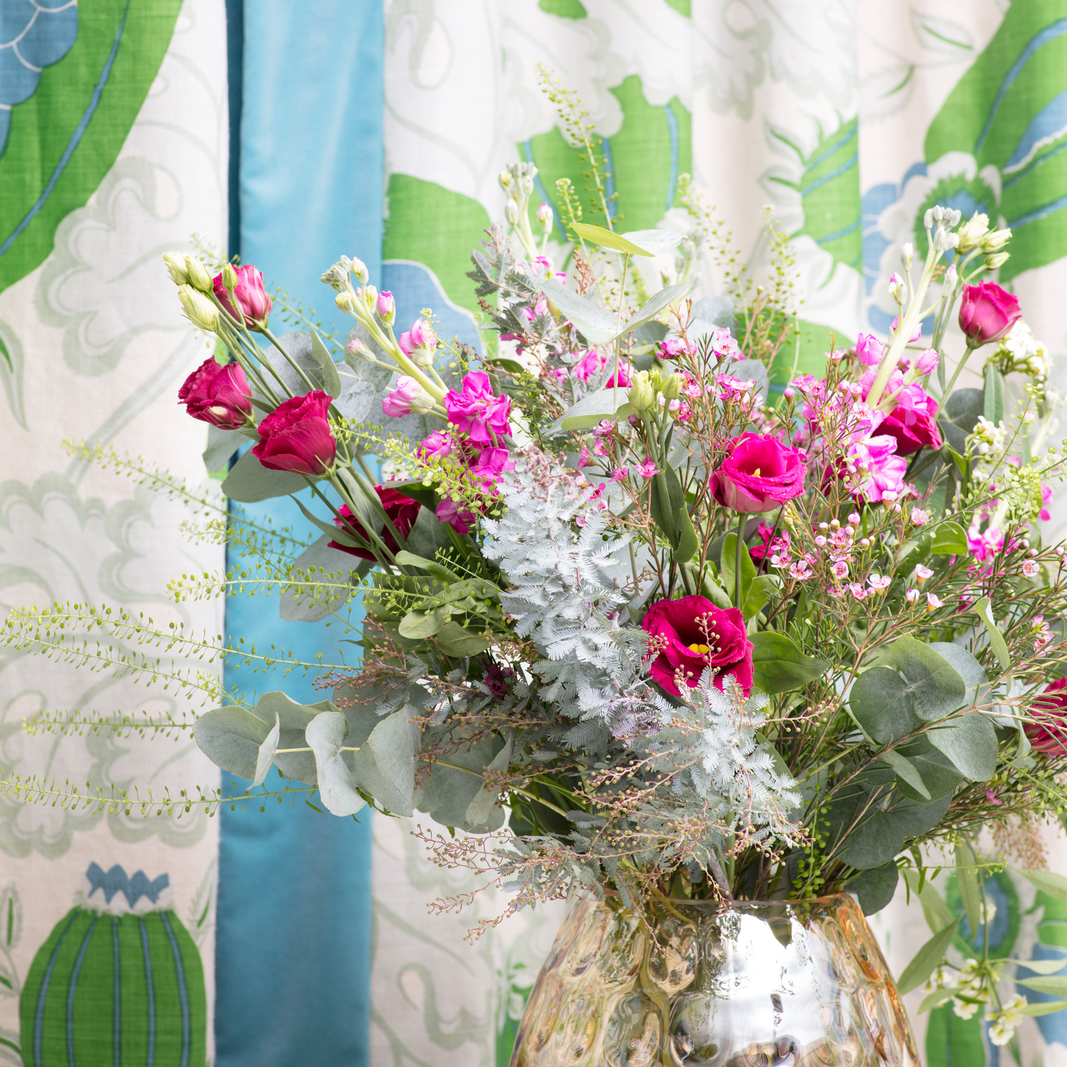 An arrangement in The Pink House den/Photo: Susie Lowe