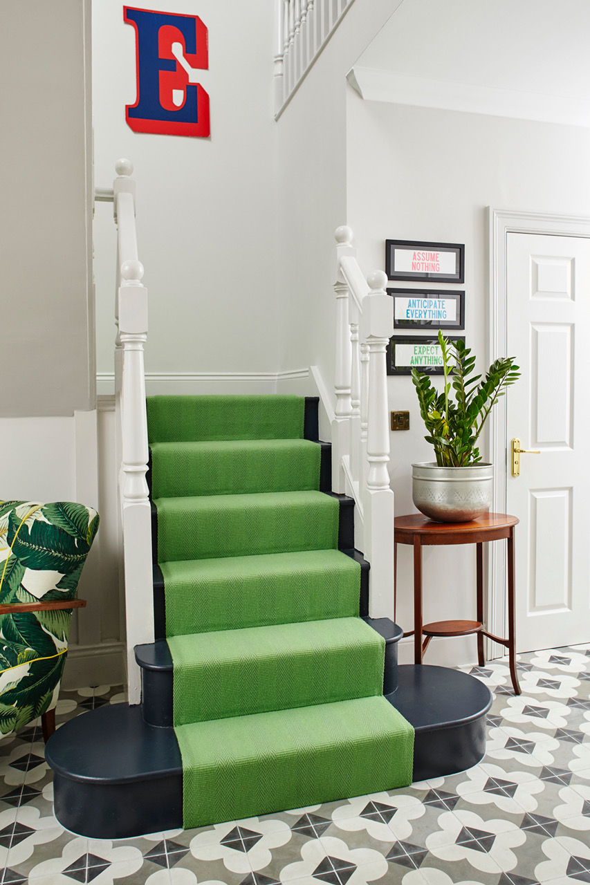 The fourth letter of LOVE, plus that amazing stair runner again
