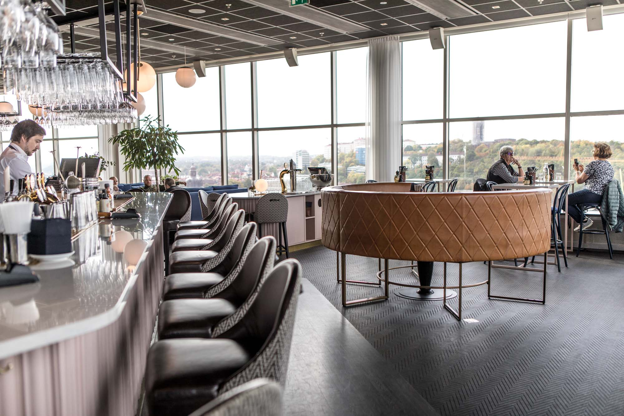 The pink bar at Heaven 23 in Gothenburg's Gothia Towers. Sigh.