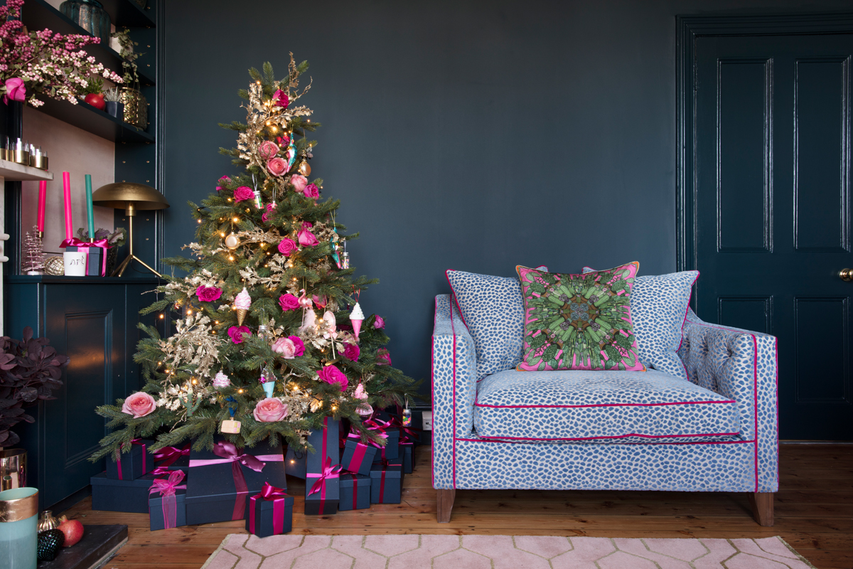 The Pink House Kitschmas sitting room renovation