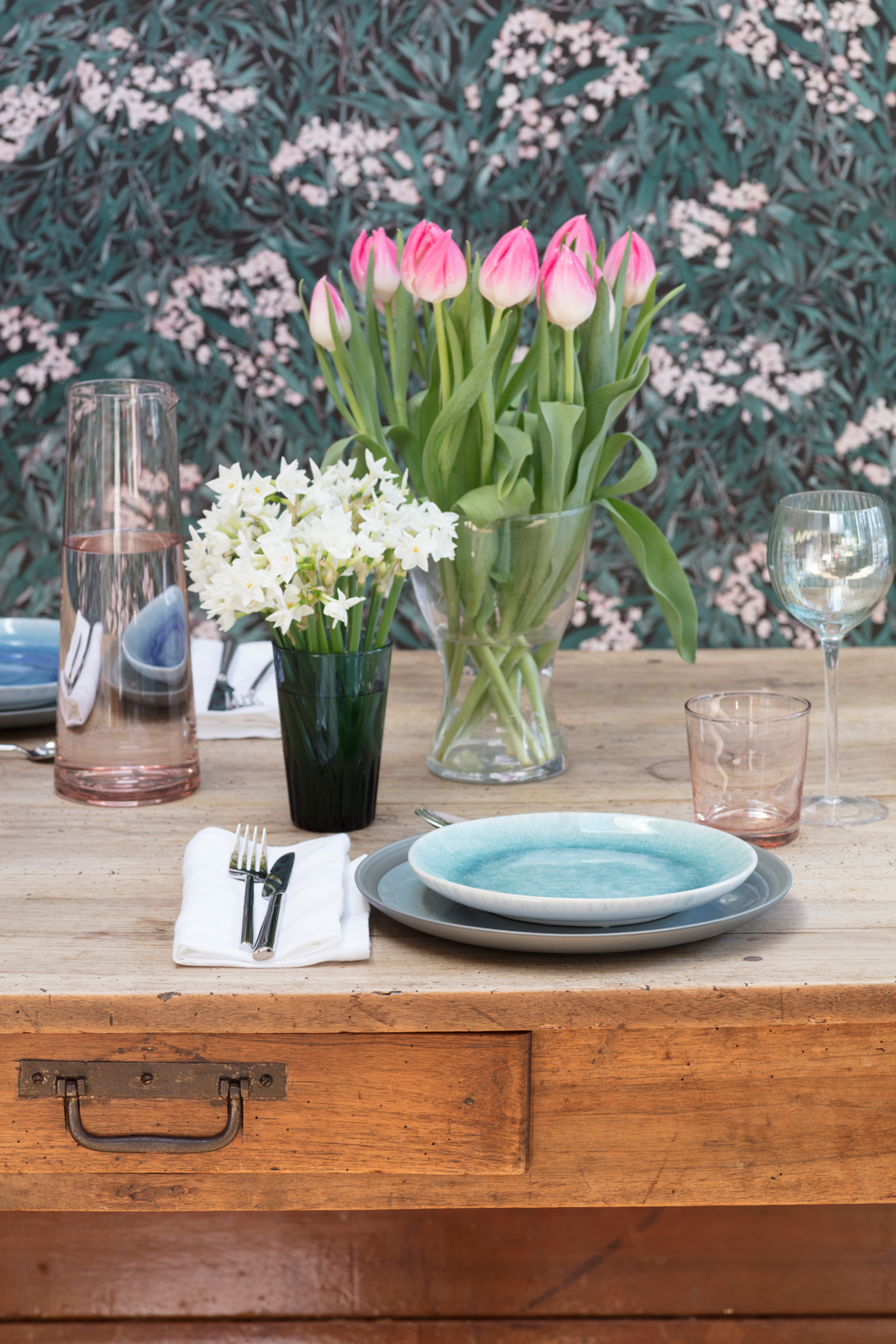 Pink tulips and white narcissi in The Pink House