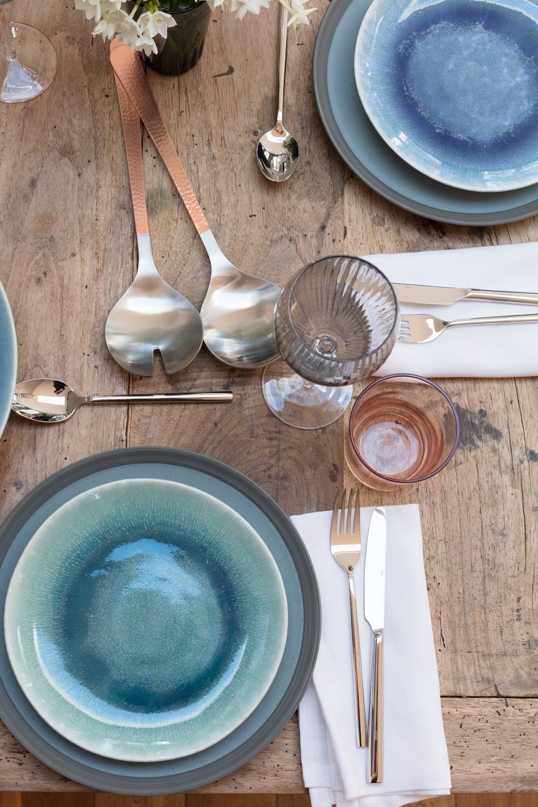 Marks & Spencer SS18 blue crockery and pastel wine glasses
