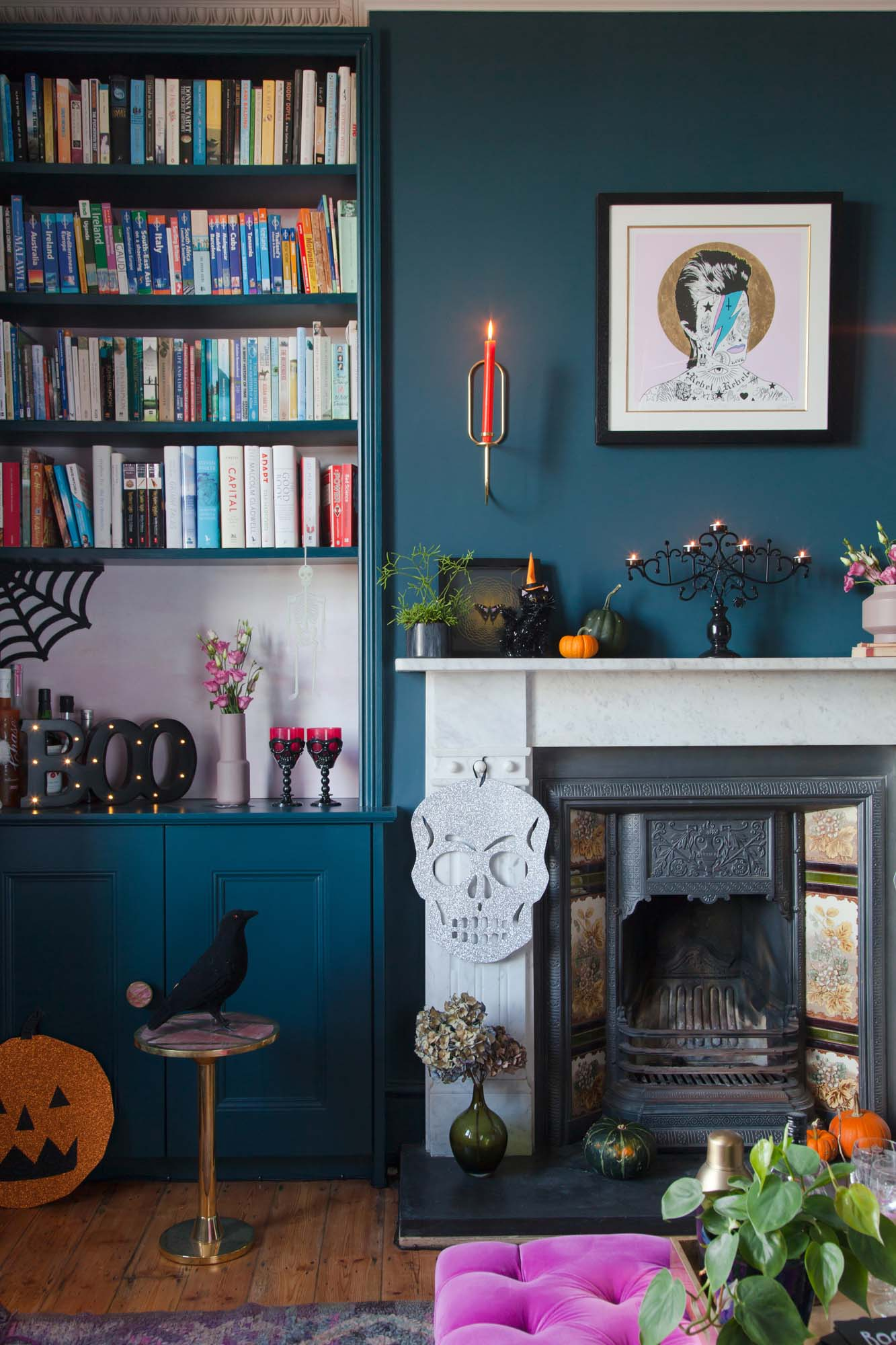 Glamorous Halloween party styling