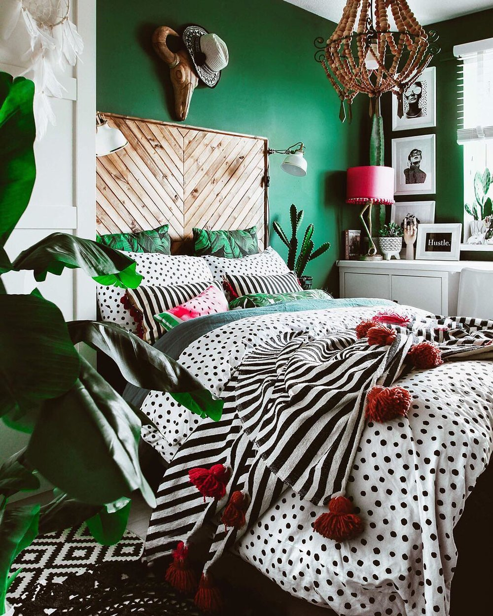 We're in LOVE with Pati's rich green wall