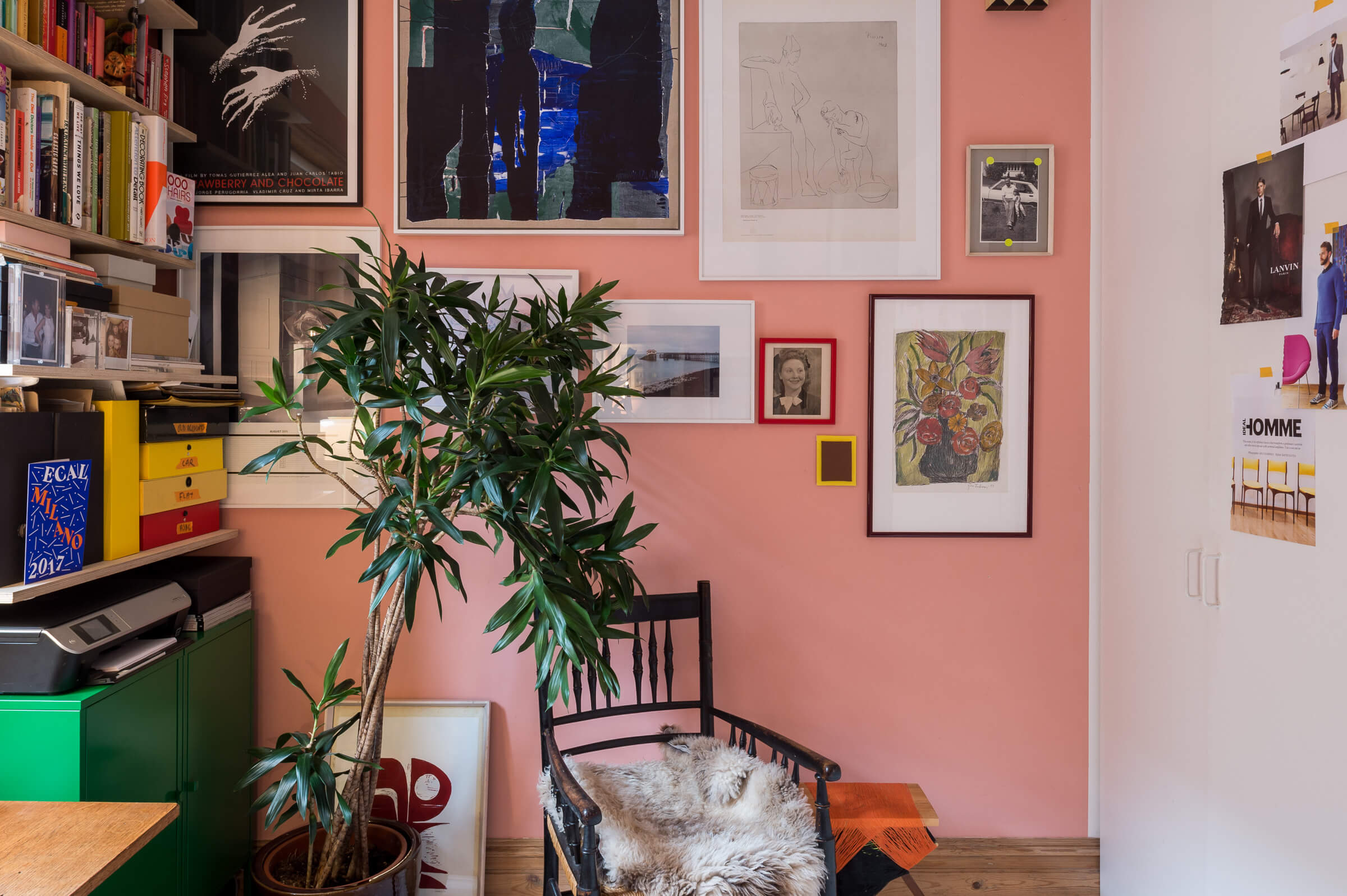 Eagle Mansions, sold by The Modern House, proves a pink wall can add desirability