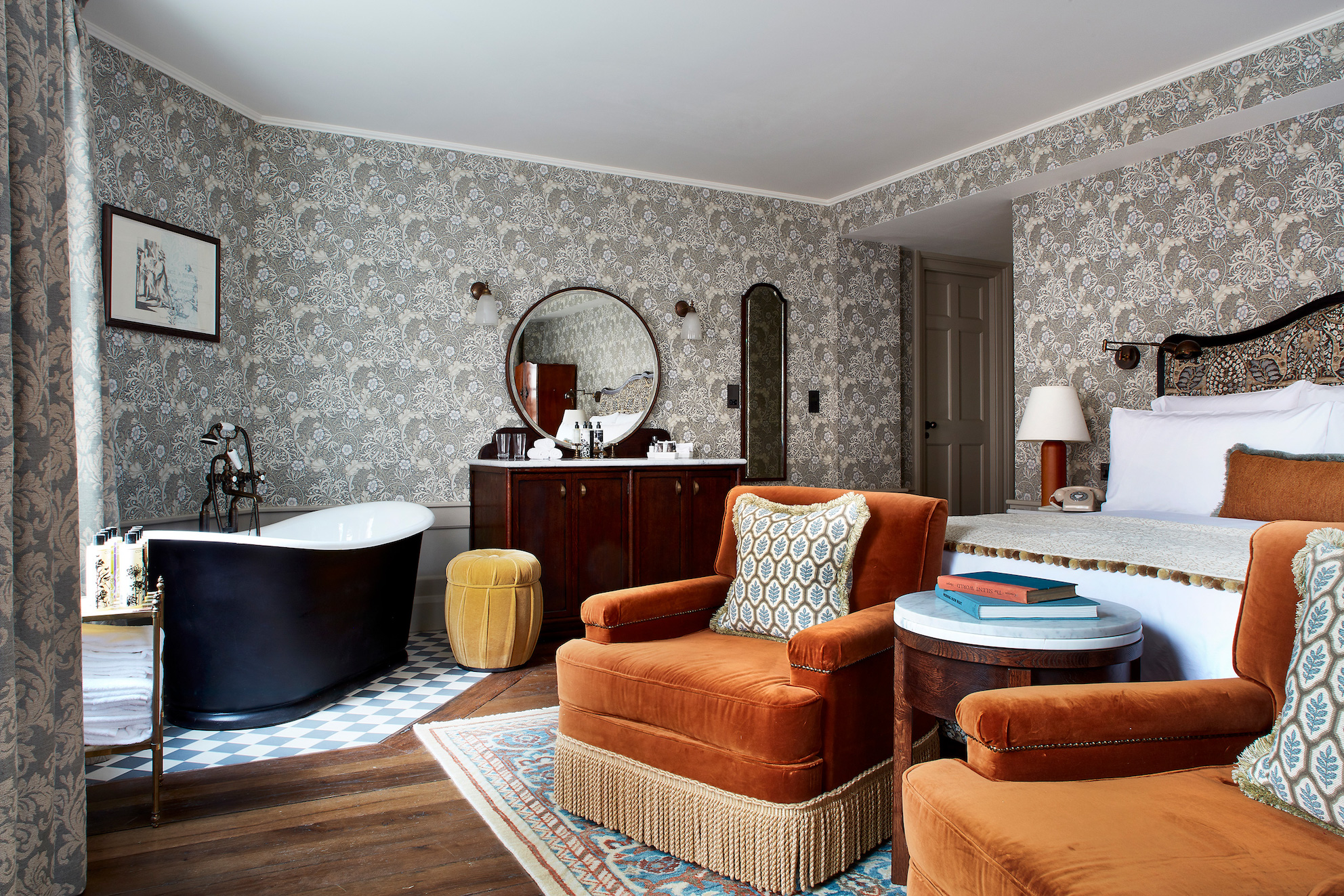 If that freestanding bath could talk… Kettner's.