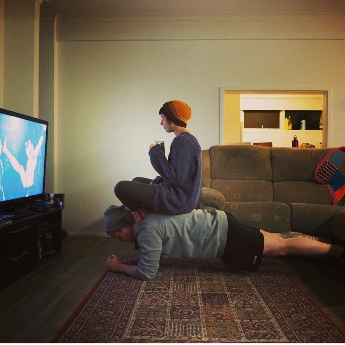 Partner pushups
