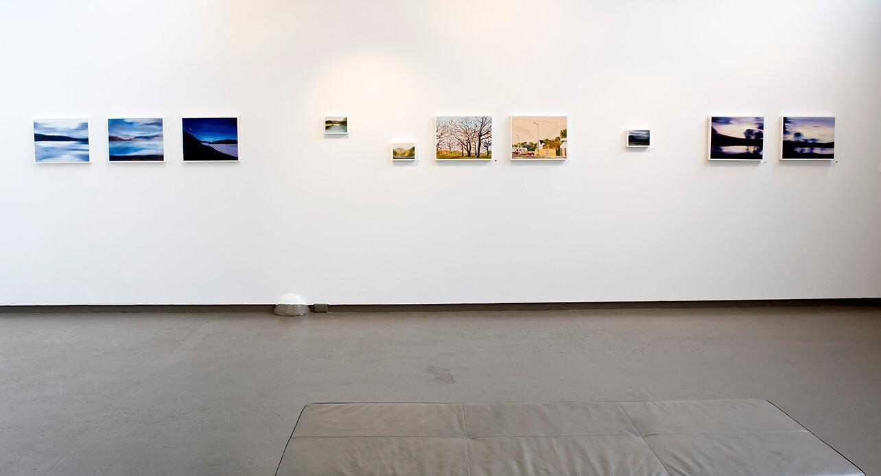 nicola-newman-art-installed-anita-traverso-gallery22.jpg
