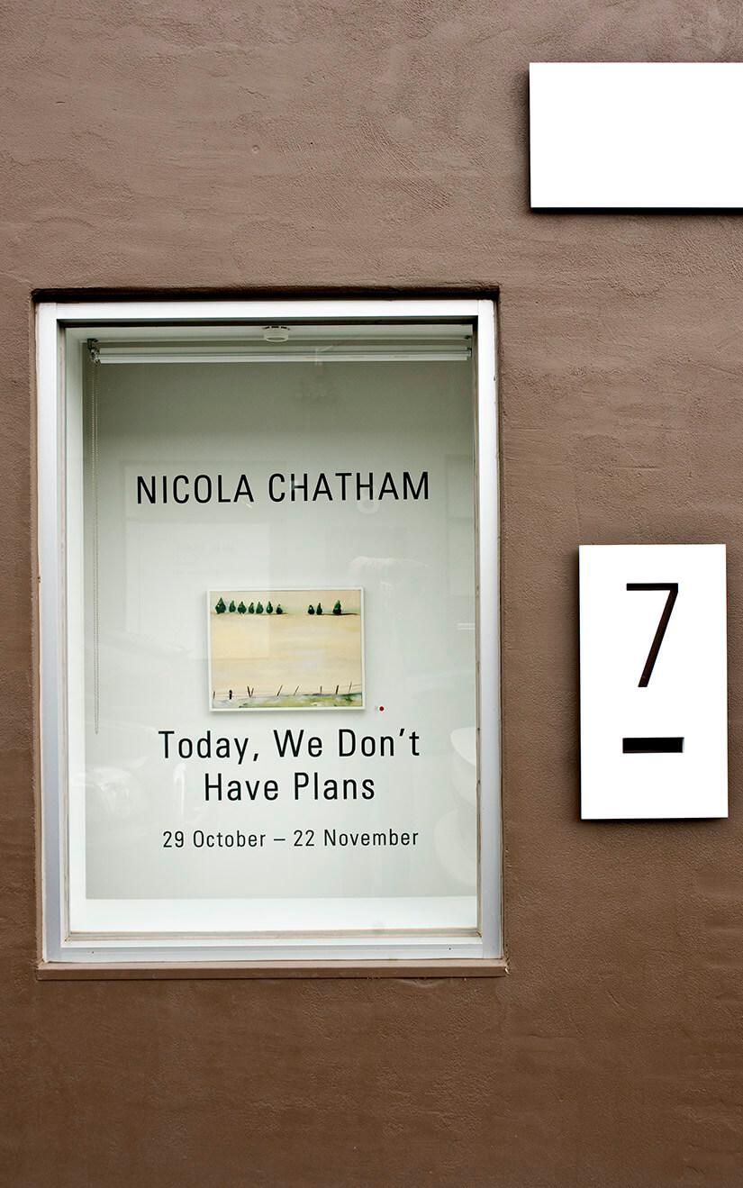 nicola-newman-art-installed-anita-traverso-gallery24.jpg