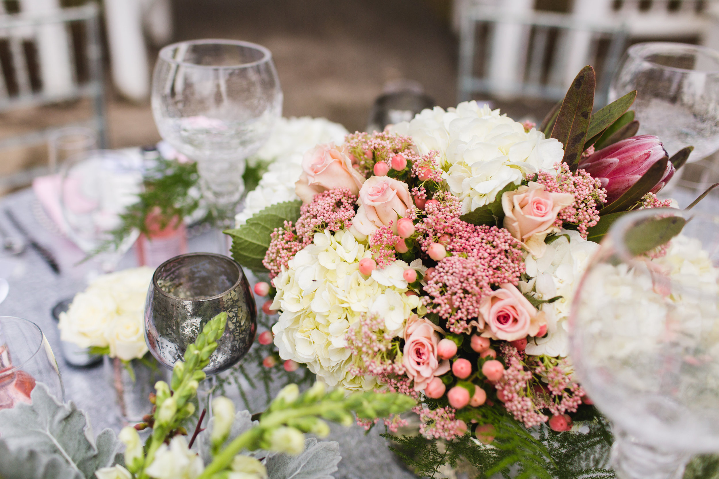 table and flowers-0178.jpg