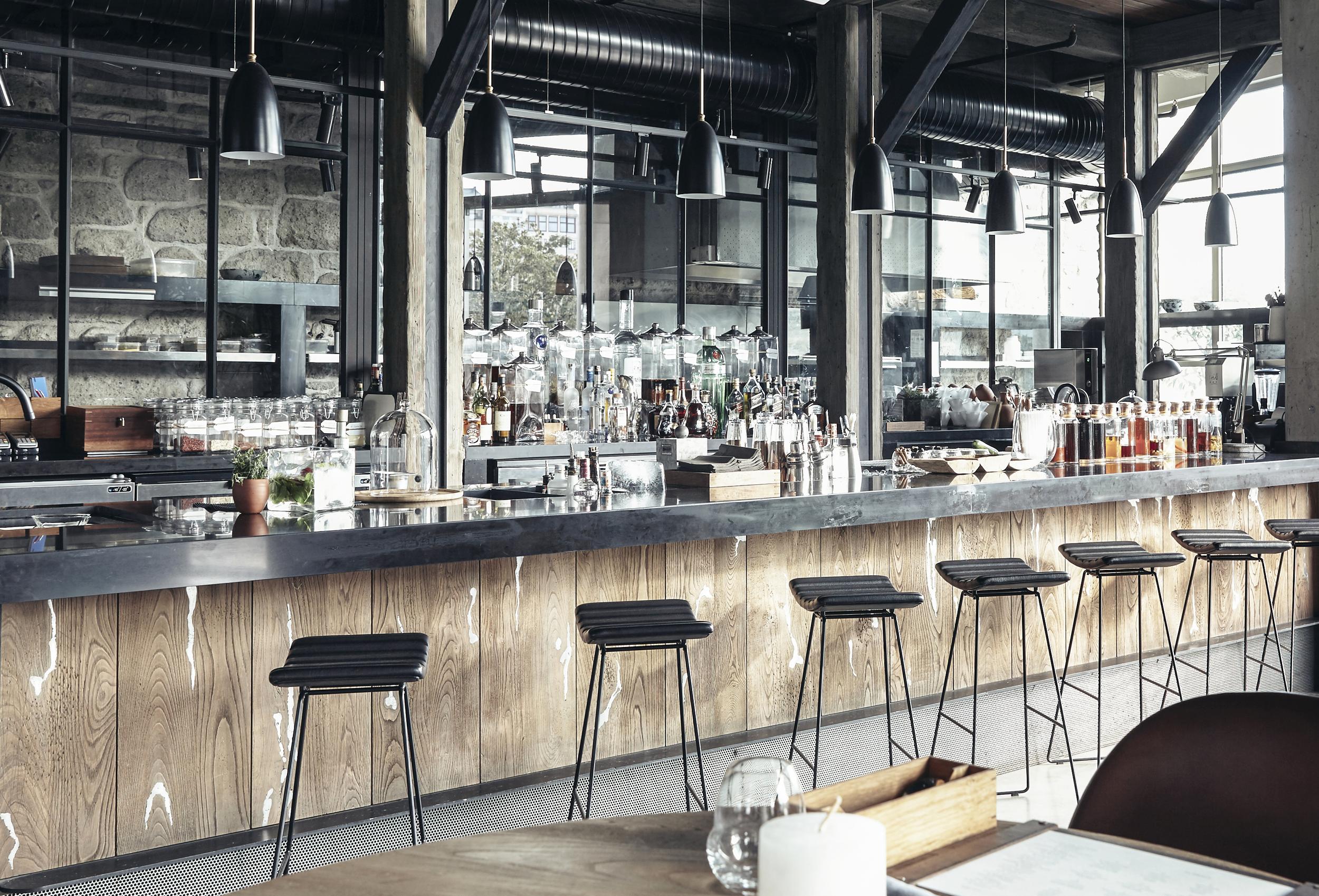 alancha bar-10.jpg
