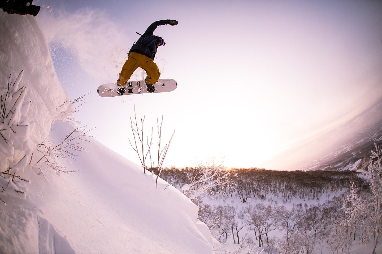 Sunrise-Japan-Splitboard-Victor-Heim.jpg