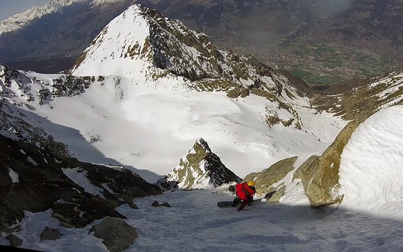 Davide-capozzi-splitboard-steep.jpg