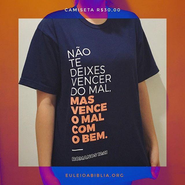 Agora é contagem regressiva e temos surpresa: chegaram as camisetas da Semana da Bíblia de Porto Alegre 2017. Compre a sua!  #SemanaDaBibliaPOA #EuLeioABíblia #De4a10deDezembro