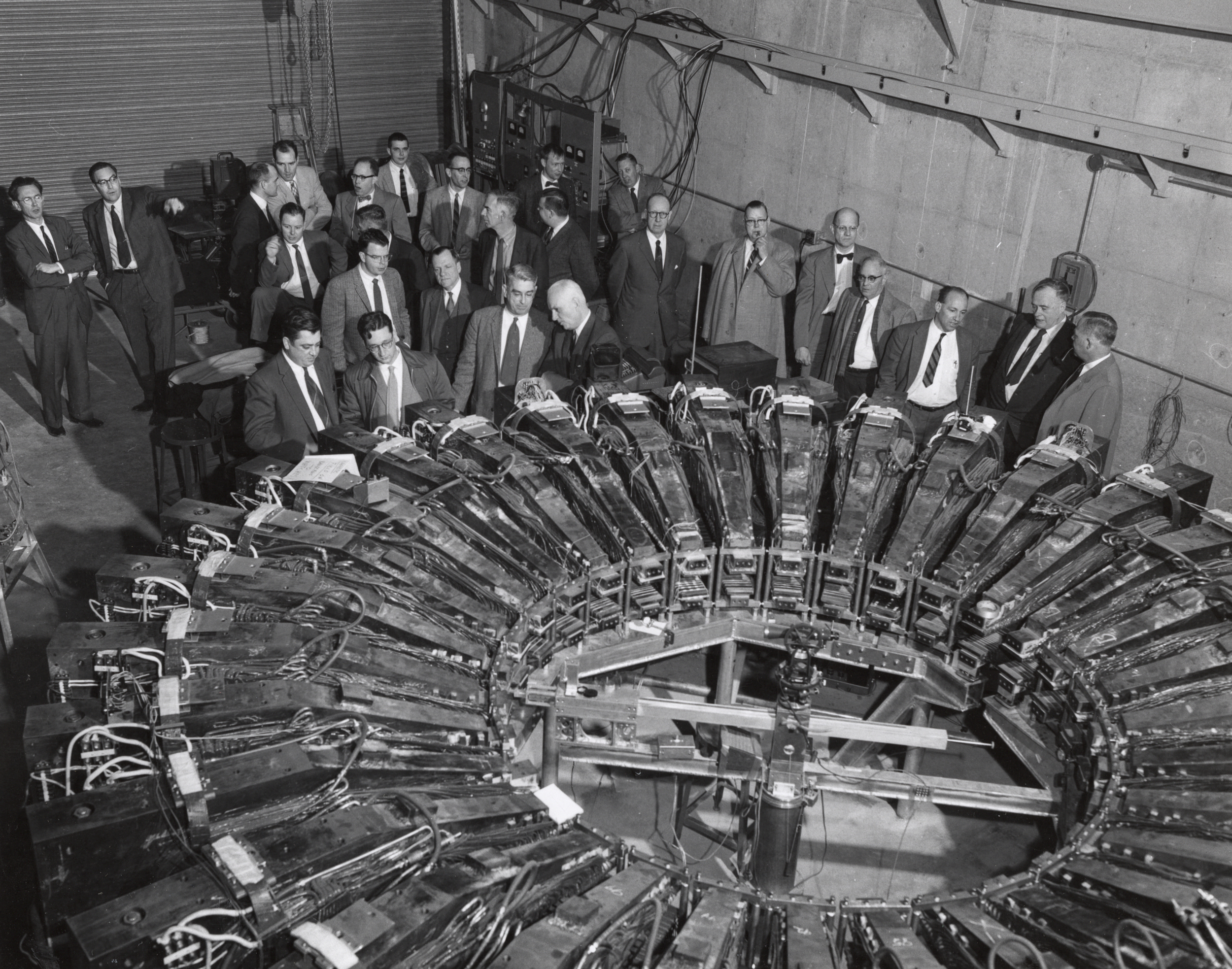 Electron accelerator tour at Midwestern Universities Research Association (MURA). Photo: University of Wisconsin Madison Archives