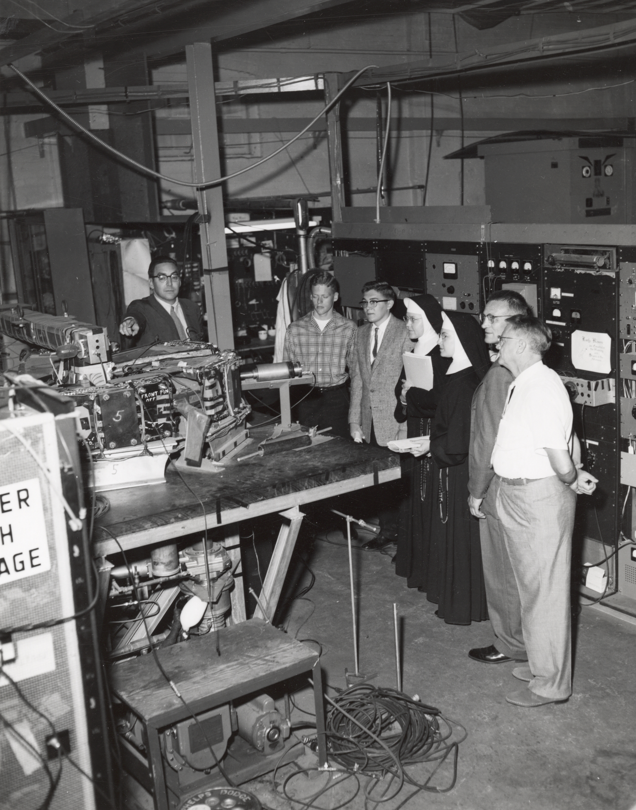Frank Cole showing the Michigan model. Photo: University of Wisconsin Madison Archives