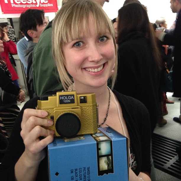 Liz Ellenwood  with the Gold Holga Award!