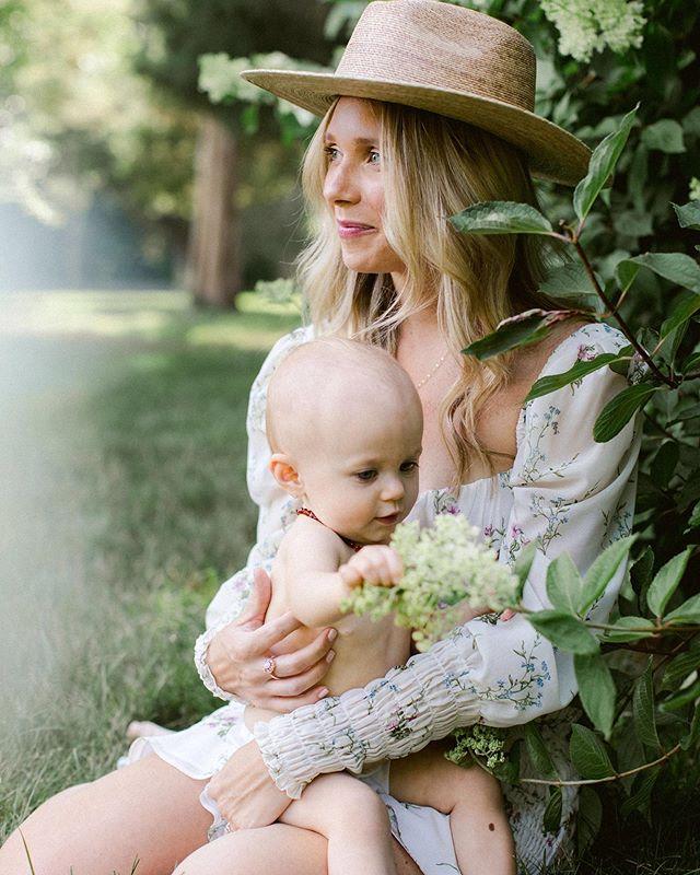 Emilee & Clover 🕊 Summer 2019  Beauty by @nellie_marie_artistry Styling by me Cute baby by @emileee.marie