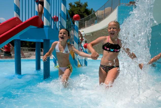 vespera_childrens_pool.jpg