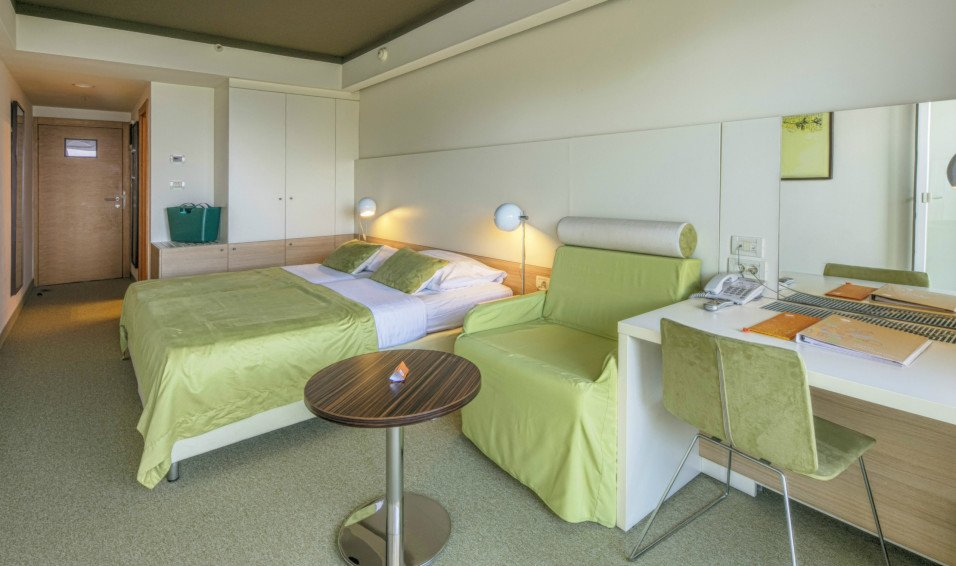 Vespera-rooms.jpg