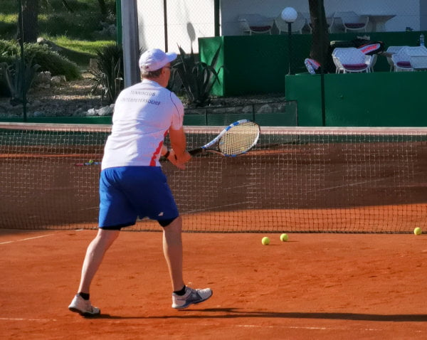 Tennis camps for adults