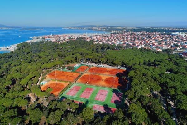 affordable-tennis-holidays- (1).jpg