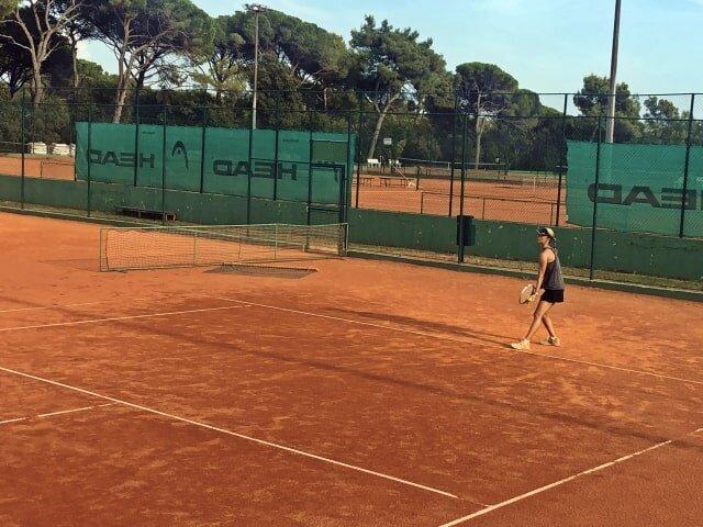 Tennis tours