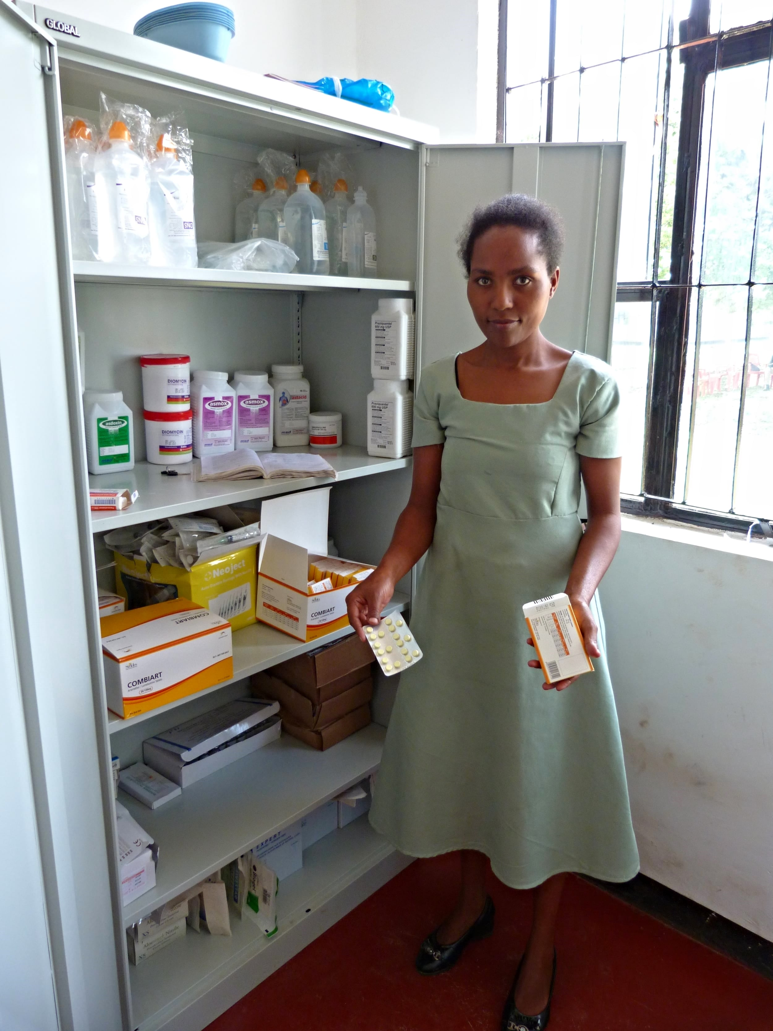 The Kwaugoro Dispensary, sponsored by the Lions Club Tilburg and Wilde Ganzen Foundation for the Netherlands, is Kiligolf's most recent project to date. Having officially opened on the 17th May 2015, the dispensary provides villagers access to vital healthcare.