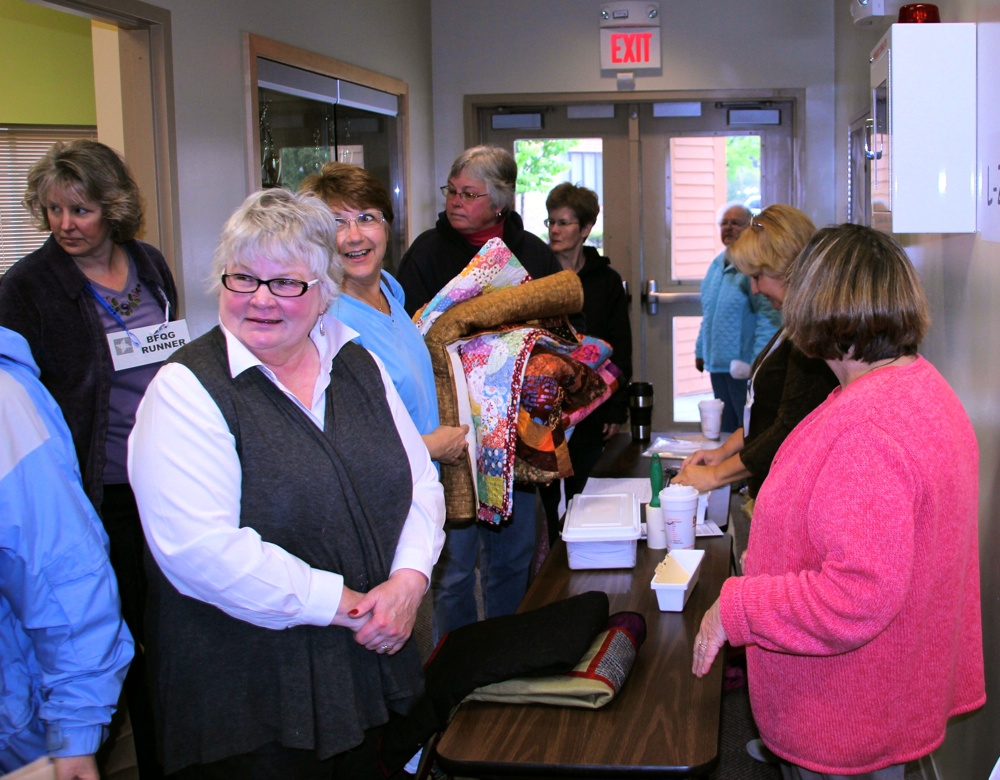 4 Bedford Friendship Quilters Guild, May, 2012 013.jpg