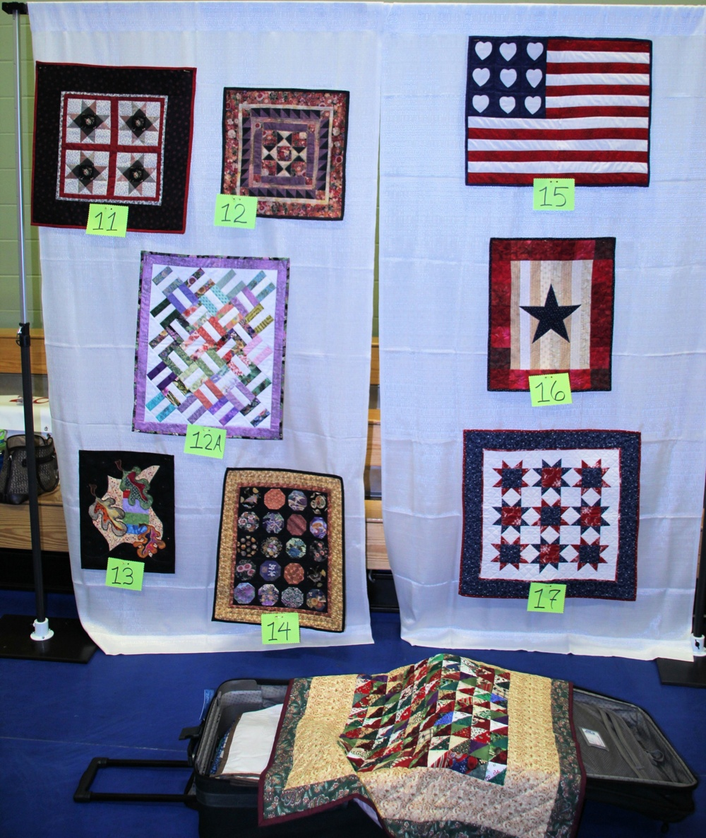 Bedford Friendship Quilters Guild, May, 2012 042.jpg