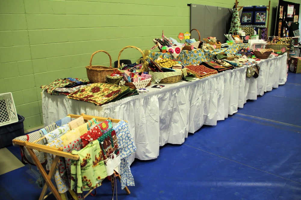 Bedford Friendship Quilters Guild, May, 2012 105.jpg