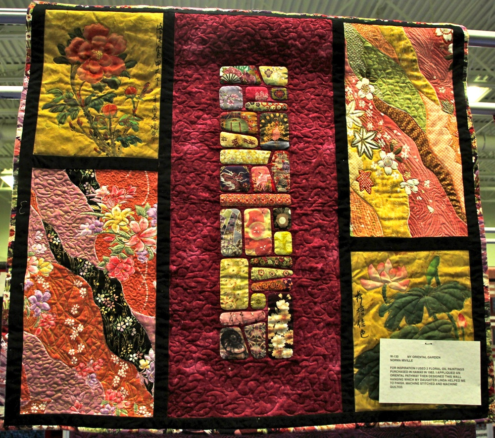 Bedford Friendship Quilters Guild, May, 2012 075.jpg