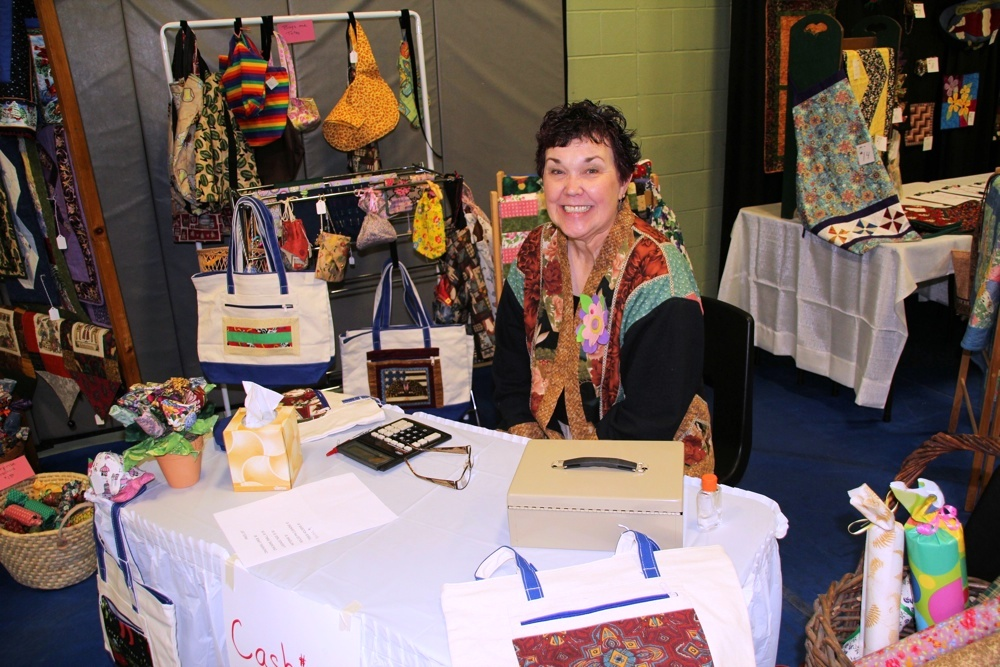 Bedford Friendship Quilters Guild, May, 2012 119.jpg