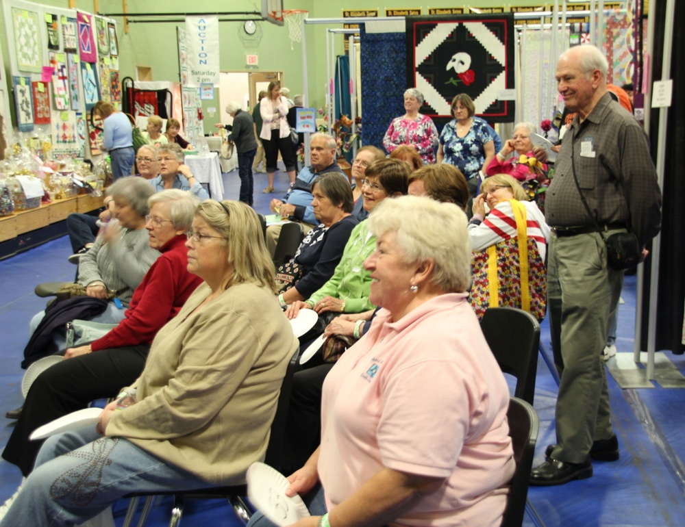 Bedford Friendship Quilters Guild, May, 2012 146.jpg