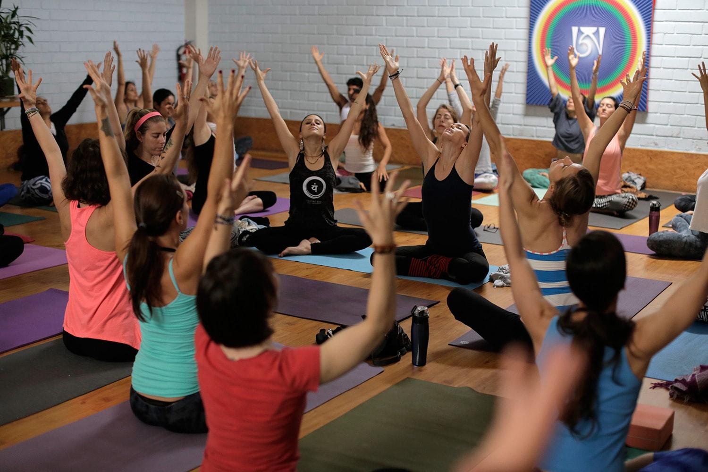 yogaterapeutico-2-min.jpg