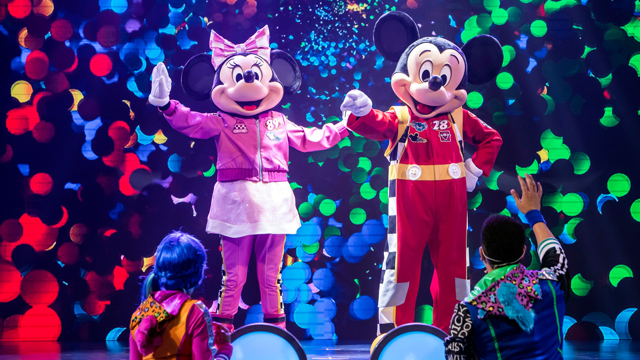 Dan Knechtges takes on Disney Junior Dance Party! - - Disney's California AdventureCLICK HERE FOR FULL ARTICLE