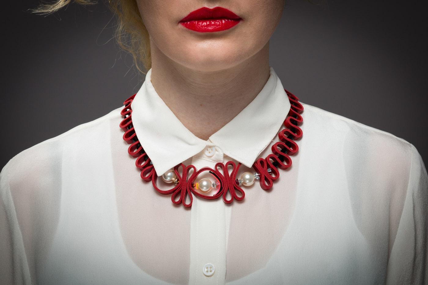 Short necklace REBEKA